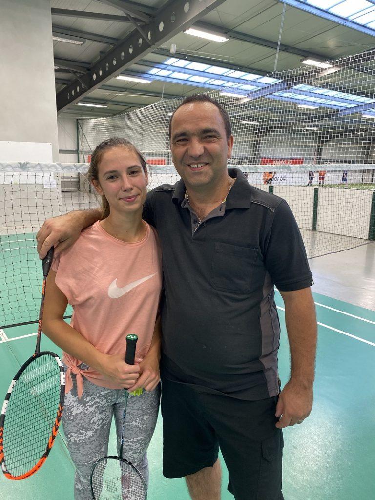 jouer au badminton à pau